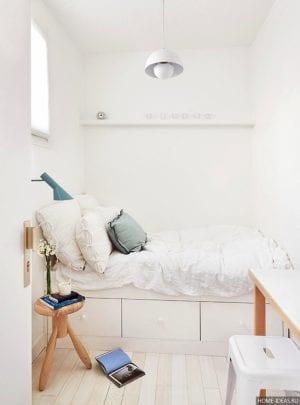 Как расставить мебель в маленькой спальне?