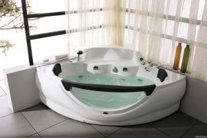 Мебель для ванной: какая ванна практичнее?
