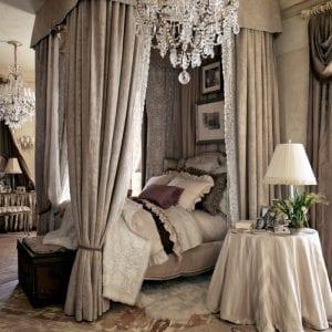 Роскошная спальня в стиле шато
