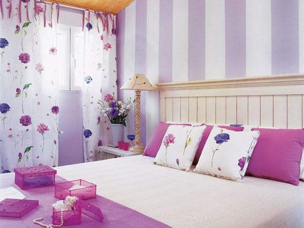 Сиреневый цвет в дизайне маленькой спальни
