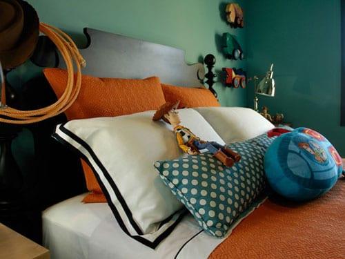 Сочетания цветов в интерьере: голубой и оранжевый