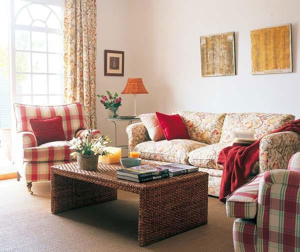 Уютные интерьеры гостиных маленьких квартир