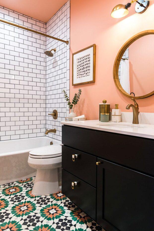 Персиковый цвет в интерьере ванной комнаты фото