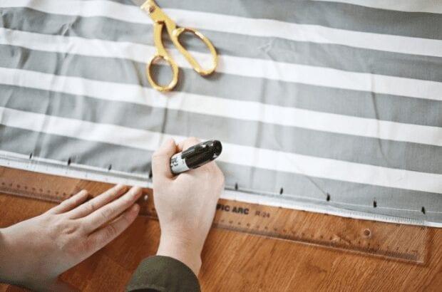 коврик из лоскутков ткани
